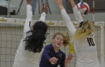 In a down-to-the-wire match between CCS Open semifinalists, Menlo School volleyball fell to host St. Francis 28-26, 19-25,...