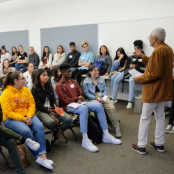 Bay Area and Menlo School students participate in 1Bay Youth Summit. Photo by Pete Zivkov.