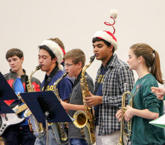 Menlo School's 2016 Holiday Assembly. Photo by Pete Zivkov.