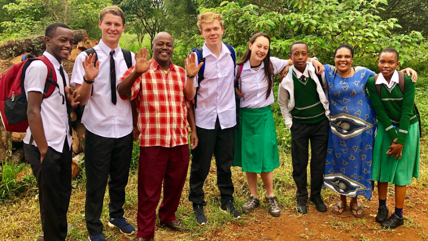 Menlo Abroad students live, work and go to school in Tanzania. Photo by Pete Zivkov.